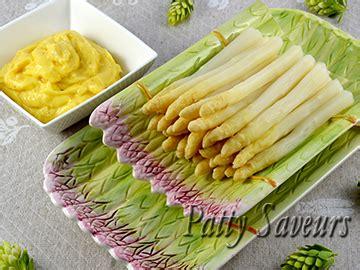 cuisiner asperges blanches patty saveurs poulet sauté au curry et lait de coco