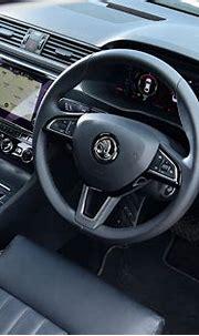 Skoda Superb hybrid interior & comfort | DrivingElectric