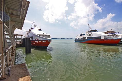 Ferry To Harbour Bay by Gallery Zest Hotel Harbour Bay Batam