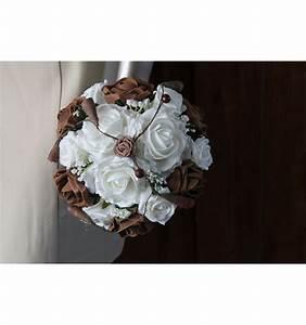 Bouquet De La Mariée : bouquet mari e rond avec roses chocolat blanc et perles ~ Melissatoandfro.com Idées de Décoration