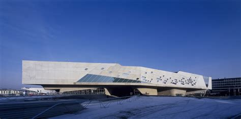 Zaha Hadid  On Technology and Architecture