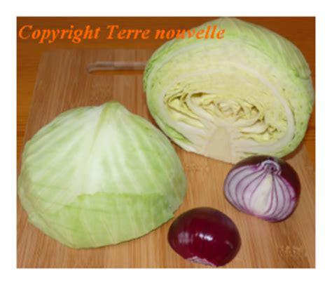cuisiner chou vert choux vert et oignon terre nouvelle