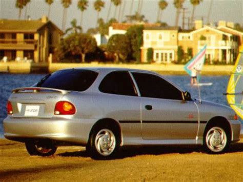 blue book value for used cars 1997 hyundai accent user handbook 1996 hyundai accent pricing ratings reviews kelley blue book