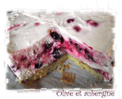 dessert fruits rouges surgeles bavarois au fromage blanc et aux fruits rouges olive et aubergine