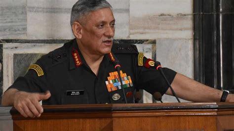 """केंद्र सरकार ने """"सेना मुख्यालय में सुधार"""" को मंजूरी दी है ..."""