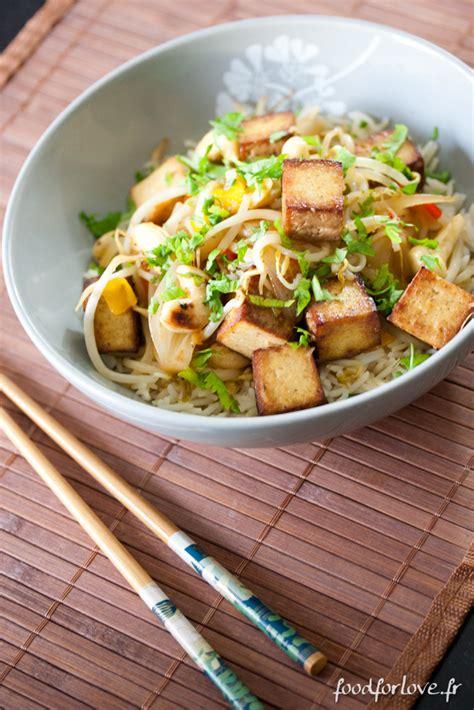 comment cuisiner avec un wok comment cuisiner tofu fume
