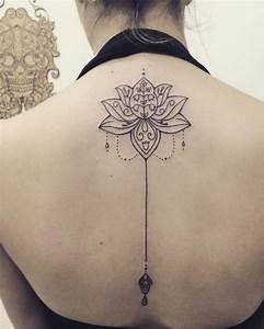 Tatuajes de Mandalas para la Espalda, brazos y piernas Tatuajes para Mujeres