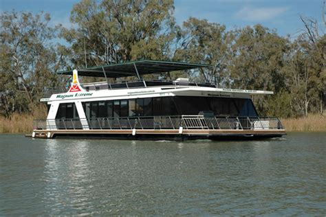 Houseboat Renmark by Renmark Houseboat River Murray Houseboat Hire Magnum