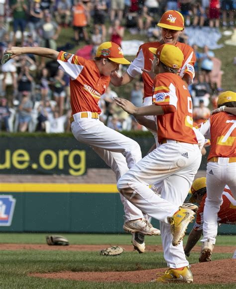 photo gallery  league world series  commmedia