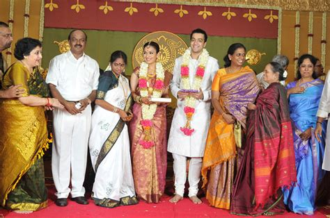 actress kausalya marriage photos soundarya rajini kanth s daughter wedding reception photos