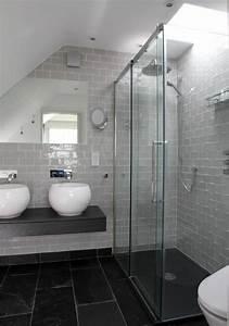 une salle de bains grise elegance et chic contemporain With salle de bain faience grise