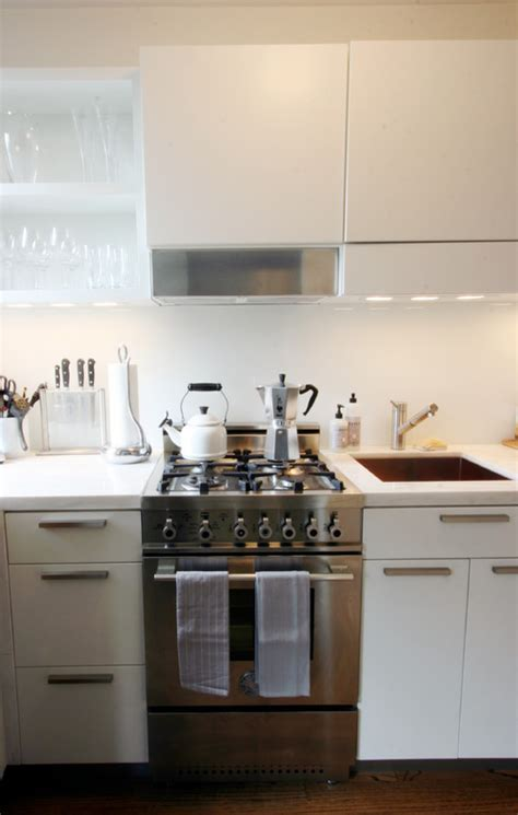 Pantry Ideas For Small Kitchen - 10 big space saving ideas for small kitchens