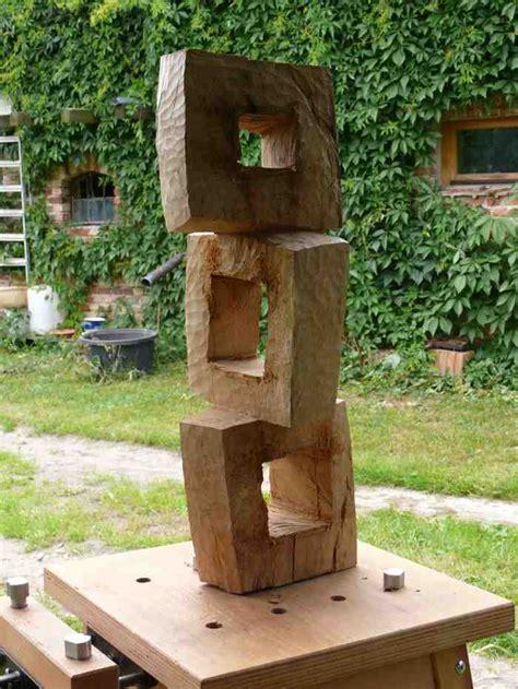 Holzskulpturen Für Den Garten by Skulpturen Aus Holz F 252 R Den Garten Suche
