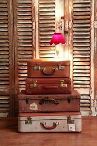 Valise Vintage Pas Cher : valises vintages en carton ~ Teatrodelosmanantiales.com Idées de Décoration