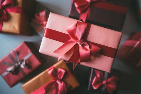 christmas is not about the gifts 4 ways to reward employees and gain a return on investment