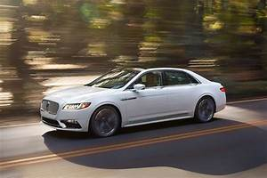 2017 Lincoln Continental First Look Review