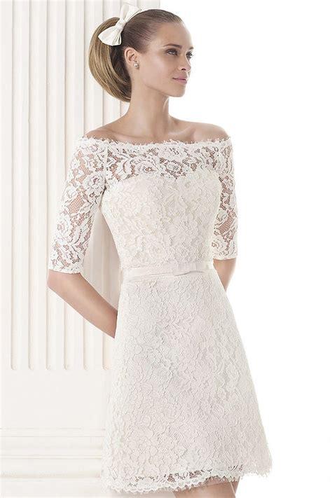 robes de mariã e courtes robe de mariée à manche courte en dentelle épaule dénudée persun fr