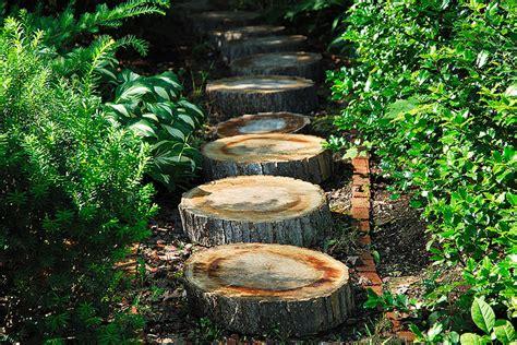 Holz Möwe Gartendeko by Gartendeko Holz Als Idee F 252 R Gartenweg Und Gartenidee F 252 R