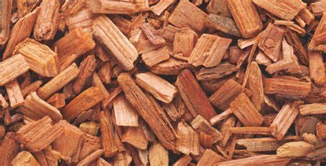 cedarwood essential oil    skin hair
