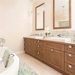 Shopping deco salle de bain classique chic trucs et for Salle de bain classique chic