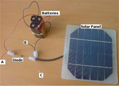 Solar Cell Phone Charger Made From Old Parts