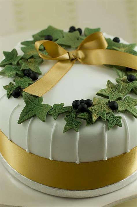 73 inspiring christmas cake decoration ideas handy home zone