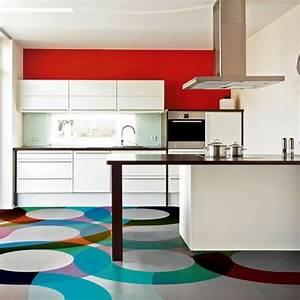 Küche Rot Streichen : farbgestaltung in der k che bunte ideen f r mehr spa beim kochen ~ Markanthonyermac.com Haus und Dekorationen