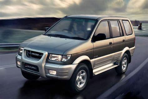 Review Isuzu Panther by Review Spesifikasi Isuzu Panther Touring Grand Touring