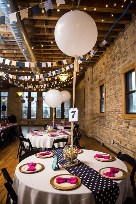 Free delivery and returns on ebay plus items for plus members. Balloon Wedding Décor Ideas: 10 Fun Ways to Incorporate ...