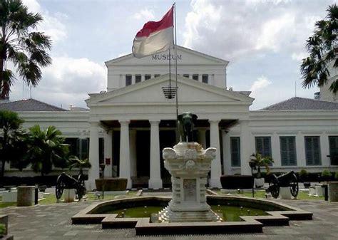 museum nasional indonesia  jakarta pusat garnesiacom