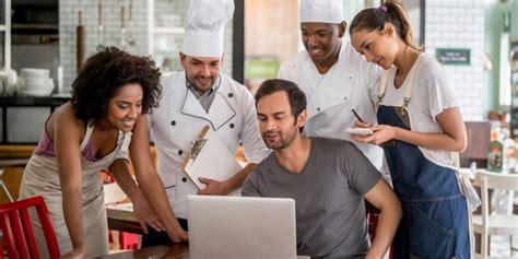 staff    hire  run  restaurant