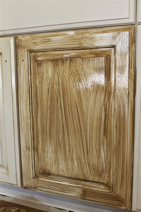 ragged wren   glazing cabinets favorite