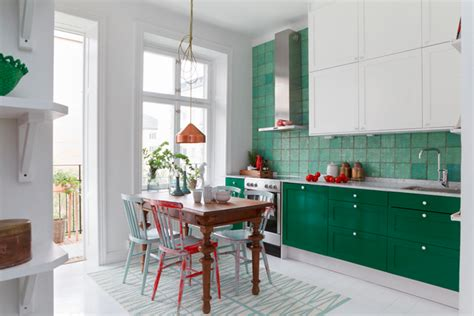 Kitchen In White And Green // Кухня в бяло и зелено
