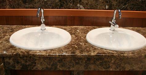 Küchenarbeitsplatte Marmor Optik by Waschtisch Marmor Emperador Brown Bernit Fliesen