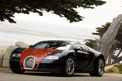 Red and Black Bugatti Veyron