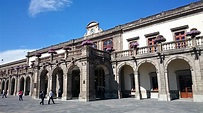 National Museum of History at Chapultepec Castle : Mexico ...