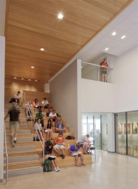 gallery  ut visual arts center lakeflato architects