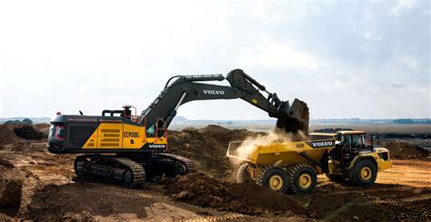 volvo ce showed  large capacity mining champions
