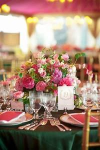 Nappe Rose Pale : d coration de table mariage en 28 id es pour la table ronde ~ Teatrodelosmanantiales.com Idées de Décoration