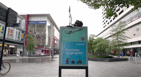 outdoor advertising bureau zo adverteer je op een creatieve manier voor stofzuigers