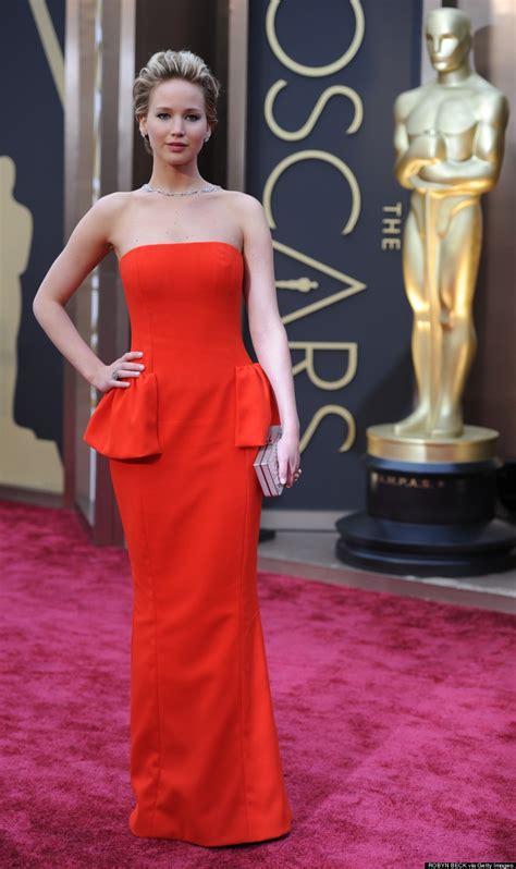 Jennifer Lawrences Vanity Fair Oscar Party Dress Is An