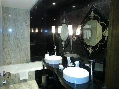 20 Best Of Funky Mirrors For Bathrooms