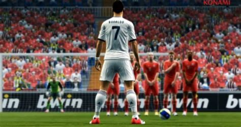 Download Game sepak Bola PES 2013 - Mas Bagus