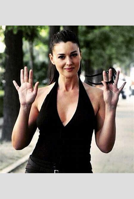 Monica Bellucci Hot Photos - Sexiest Bond Girl Ever | GQ India