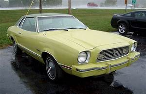 Medium Lime Yellow 1974 Ford Mustang II Coupe - MustangAttitude.com Photo Detail