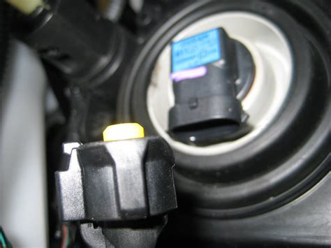 2007 2012 nissan altima headlight bulbs replacement guide 014
