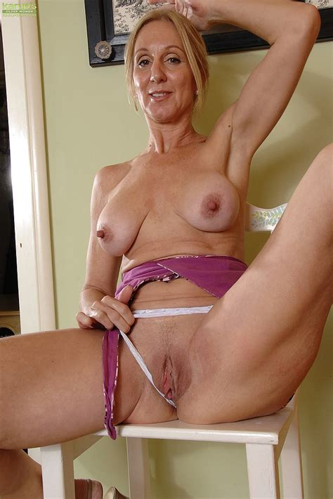 Filthy Mommy Jenna Covelli Drag Out Her Bosoms Milf Fox