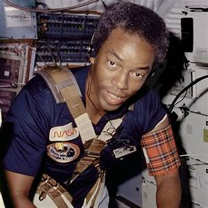 Famous Black American Astronaut - Pics about space