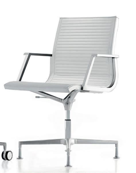 verin de fauteuil de bureau fauteuil bureau nulite pied fixe pivotant en cuir à accoudoirs