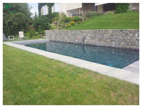 cuisine inox et bois aménagement paysager autour d 39 une magnifique piscine